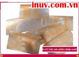 [In phun UV] In phun UV trên thiệp cưới
